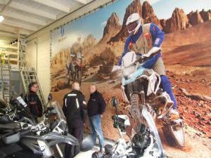 In de BMWerkplaats van Herman Sietsma.